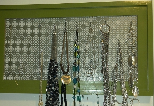 jewelry display board free plans