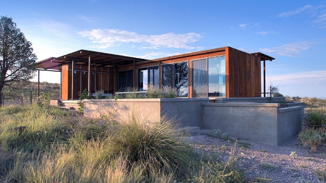 weehouse in marfa texas exterior