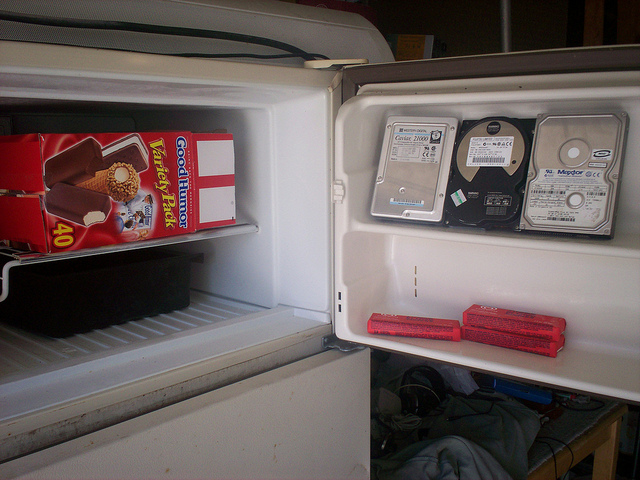 hard drive in freezer (photo by https://www.flickr.com/photos/table7/)