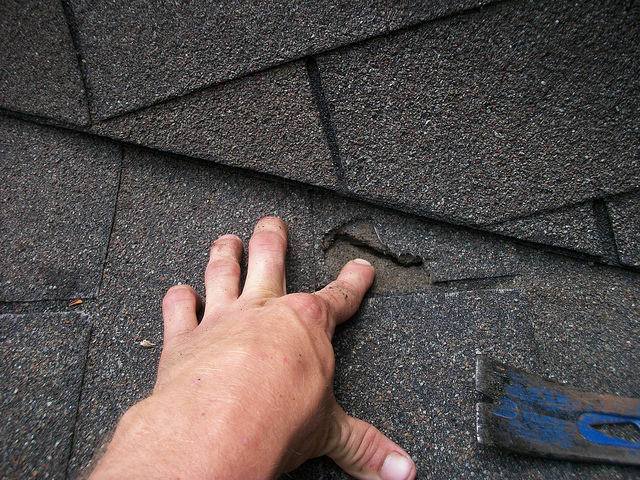 roof maintenance tips (photo by https://www.flickr.com/photos/roofing-contractors-raleigh-nc/)