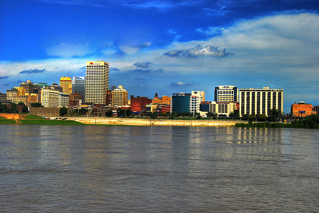 the 15 best realtors in memphis tn (photo by https://www.flickr.com/photos/noelpenn/)
