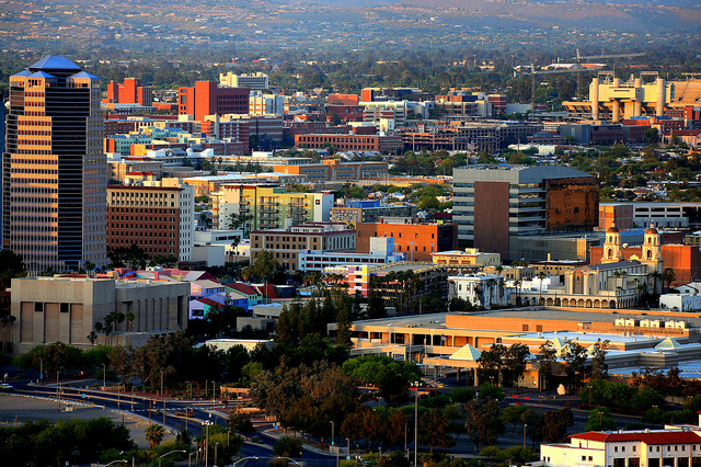 the 15 best realtors in tucson az (photo by https://www.flickr.com/photos/billmorrow/)