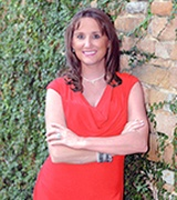 Amanda Mack - one of the 15 best real estate agents in fort worth, texas