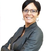 Angela Kallay - one of the 15 best real estate agents in milwaukee, wi