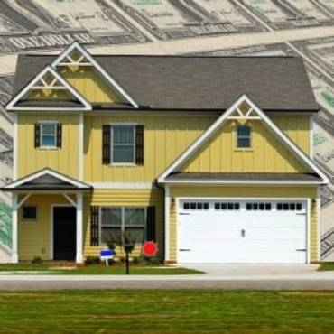 Who Pays for a Home Warranty, a Buyer or Seller?